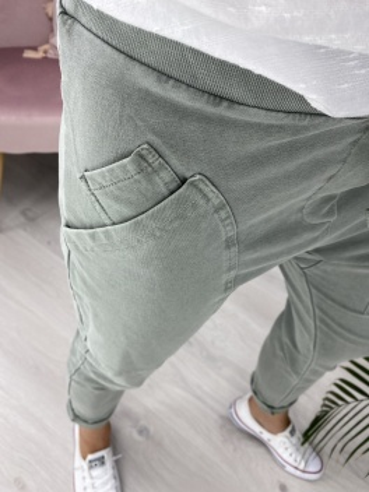 Spodnie dresowe Chillout khaki