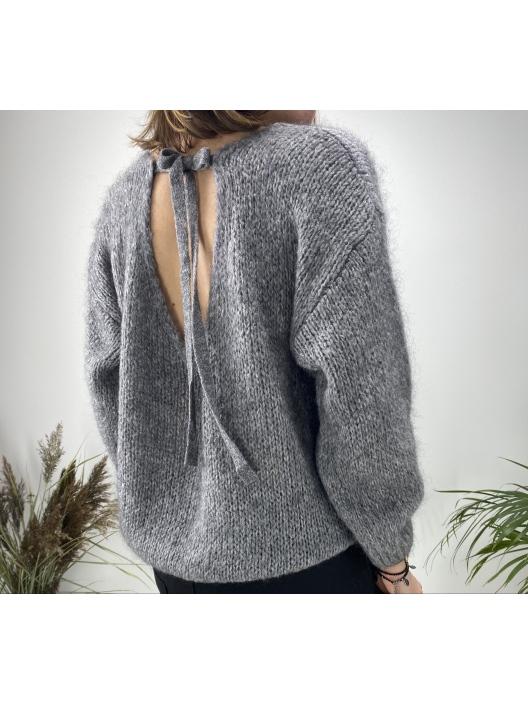 Sweter z wiązaniem szary