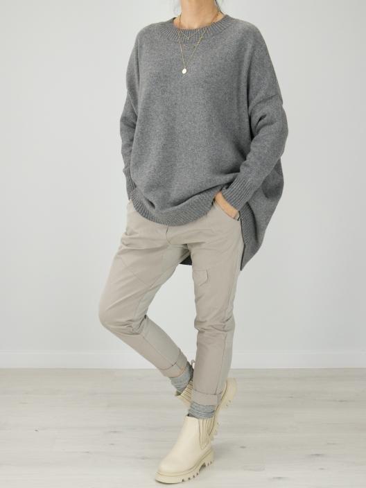 Wełniany sweter w stylu...